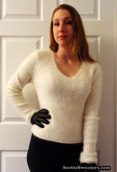 613-055 Woman's Ivory Cling-Fit Angora Sweater by Le Chateaur