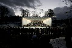 La real belleza de la glorieta del Viljandi Festival Arena se manifiesta en cada evento, donde los participantes y la instalación se fusionan por medio de la música