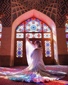 Persian Architecture, Beautiful Architecture, Photography Lessons, Girl Photography, Hipster Photography, Creative Photography, Palaces, Pink Mosque, Iran Pictures