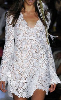 Diane von Furstenberg Spring 2009 Details ♥✤ | Keep the Glamour | BeStayBeautiful