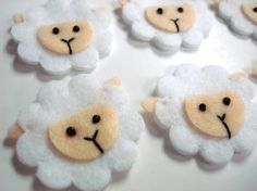 What a cute, cute idea. CocoBell84's Etsy shop is adorable.