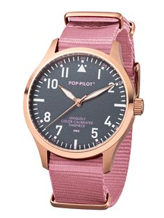 POP-PILOT® watches  MRS with a light rose nato strap and a fashionate rodé-gold casing