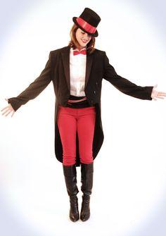 Homemade Halloween, Ringmaster Costume, halloween costume, DIY halloween, Free Halloween Costume, Jessica Quirk, What i Wore, @Jessica Quirk | What I Wore, Fa...