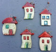 Home air Dry clay Polymer Clay Projects, Diy Clay, Clay Crafts, Diy And Crafts, Clay Houses, Ceramic Houses, Pottery Houses, Pottery Art, Clay Magnets