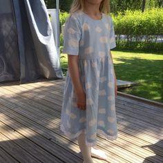 Leonora.fi: Sommarklänning High Low, Blog, Dresses, Fashion, Fashion Styles, Vestidos, Moda, Blogging, Dress
