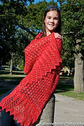 Happy Holidays! This is a free pattern for a limited amount of time.