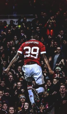 Manchester native Marcus Rashford now wears Soccer League, Football Players, Ronaldo Juventus, Football Icon, Marcus Rashford, Premier League Champions, Manchester United Football, Soccer World, European Football