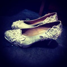 """Ivory satin with lace patching in half inch front platform + 2.5"""" arch = 3"""" heel height."""