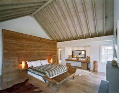 Town & Country Real Estate - Bridgehampton #TownandCountry #Hamptons #CeilingBeams #HomeDecor #Bedroom