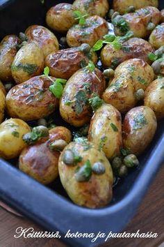 Keittiössä, kotona ja puutarhassa: Paahdettu perunasalaatti