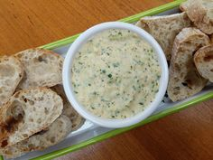 Smoked Mackerel Pate with French Bread & Horseradish - World Food Tour Smoked Mackerel Pate, Horseradish Sauce, Grand Prix, A Food, Food Processor Recipes, Stuffed Peppers, Bread, French, French Language