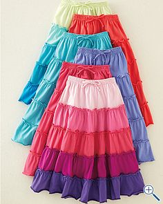 Tiered knit peasant skirt...I really like the front one. Mom please make me one! =)