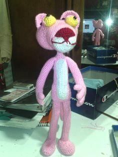 Pantera  Rosa hecha en crochet 38 cmts. de altura.