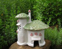 Regalo de corazones y rosas hadas casa hechas a mano cerámica arcilla casa hadas casa hadas onrmnent al aire libre jardín jardín del arte de la mujer