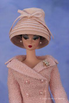 Barbie, this exact year of barbie is sitting on my printer. Barbie Girl, Play Barbie, Barbie Dress, Barbie And Ken, Vintage Barbie Kleidung, Vintage Barbie Clothes, Vintage Dolls, Doll Clothes, Poupées Barbie Collector