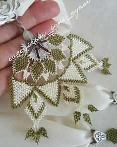 This Pin was discovered by gül Scarf Jewelry, Needle Lace, Bargello, Needlework, Diy And Crafts, Crochet Earrings, Pendants, Handmade, Lace