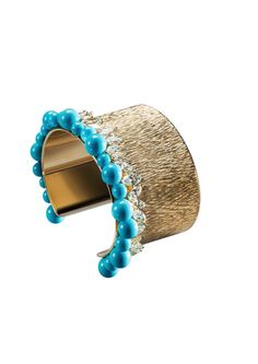 Bracelet in 18K white gold set with 32 marquise-cut diamonds and with 23 natural turquoise beads. #ExtremelyPiaget