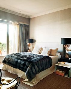 A touch of Luxe: Comfy (faux) fur throws add a touch of charm to any bedroom.  Throw it on the bed or on a chair for a fancy touch!
