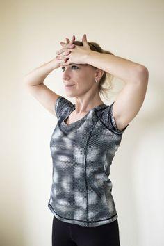 cviky na chrbat doma Detox, Body Fitness, Women, Fashion, Moda, Fashion Styles, Fashion Illustrations, Woman