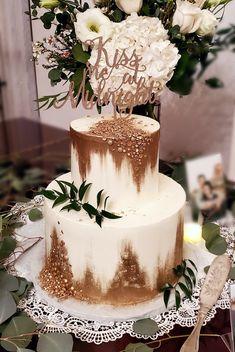 Wedding Inspiration Wedding Cake Inspiration, Vanilla Cake, Wedding Cakes, Desserts, Food, Vanilla Sponge Cake, Wedding Gown Cakes, Meal, Wedding Pie Table