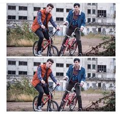 Am I the only one who thought that because of the bikes and the way they're dress this is suppose to be a Stranger Things reference?<-- no everyone thought. it was supposed to. Dan Howell, Daniel James Howell, Dan And Phil Memes, Phil 3, Phil Lester, Youtube Rewind, Phan Is Real, Dan And Phill, Danisnotonfire And Amazingphil