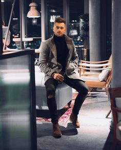 Coolest Fall Outfit Formulas For Stylish Guys 31 Dressy Casual Attire, Men Casual, Casual Chic, Winter Essentials For Men, Mode Man, Fall Outfits, Fashion Outfits, Fashionable Outfits, Men's Fashion