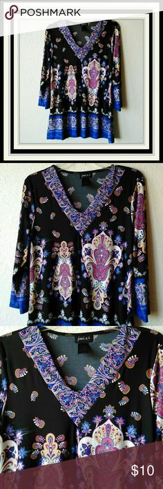 """joei & i Paisley Print Tunic Size XL.  Chest is 21"""".  Length is 29"""".  Measurements are approximate in the flat position.  No Smoke.  No Pets.  EUC joei & i Tops Tunics"""