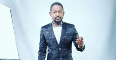 Kannywood/Nollywood Actor Yakubu Mohd looked dapper in a suit. The Actor looked on point as is always the case with him when it comes to fashion.  The Actor is currently promoting his latest Kannywood Flick ''Ni Da Dan'Uwana'' which features the likes of Sani Danja and Aisha Tsamiya. The Film is set to be released today according to Yakubu Mohd.