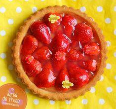 Tarta de fresa: 7 recetas de tartas con fresas que te harán pecar , Estas 7 recetas de tarta de fresa te harán pecar, y además tenemos tartas para todos los gustos: tarta de fresas con nata, tarta de fresa sin horno...