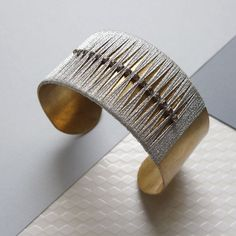 Manchette par Emmanuelle Morand #arm #cuff #brass #jewellery #contemporary