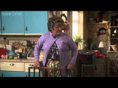 ▶ Mrs Brown's sticky situation Mrs Brown's Boys: Preview BBC One Christmas 2013 - YouTube