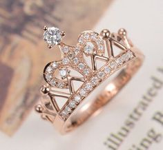 Our unique morganite engagement ring set is handmade in expert detail. This rose gold ring set features a luxurious morganite engagement ring with floral accents along either side of the band. Cute Rings, Pretty Rings, Beautiful Rings, Beautiful Ladies, Cute Jewelry, Jewelry Rings, Jewelery, Jewelry Accessories, Hand Jewelry