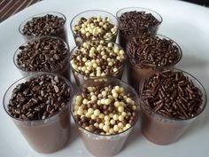Receita de Brigadeiro de Copinho - 1 lata de leite condensado, 4 colheres (sopa) de chocolate em pó, 1 colher (sopa) rasa de manteiga ou margarina, 1 caixin...