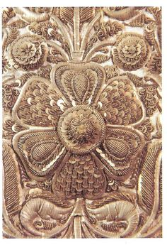"""Embroidery detail of the tunic of the Madonna of the Valladolid """"Holy Family""""."""