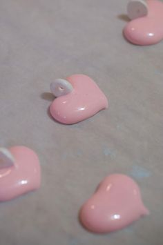 Sweet meringue candy rings, strung onto light baker's twine with pretty meringue candy heart pendants for Valentine's Day How To Make Meringue, Making Meringue, Candy Necklaces, Best Candy, Homemade Candies, Bakers Twine, Candy Making, Candy Recipes, Royal Icing