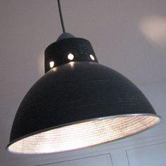 Luminaire customisé style atelier industriel