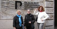 Guided wine tour in Montepulciano - stop in fron to Palazzo Ricci (my family ?!) and visit to the ancient underground cellars where the famous Vino Nobile is made