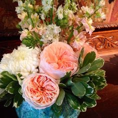 Peach, mint and blush wedding centerpiece.  Via Garden Gate Florals-Orlando