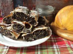 Tökös-mákos rétes recept - Kifőztük, online gasztromagazin Strudel, Sweets, Beef, Cake, Recipes, Poppy, Food, Meat, Gummi Candy