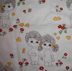 Tämä tai tämän tyylinen kangas(pala) (erit. Sarah Kay), pienikin, erityisesti punasävyinen, muukin ok :)