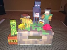 Mommy Planet plan it, save it, share it...: Minecraft Valentines Day Box