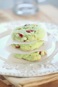 Cranberry Pistachio Christmas Cookies - I don't usually pin recipes that are made with boxed ingredients, but these look interesting and easily made at the end of a long day.
