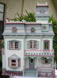 Dollhouses by Robin Carey: The Cambridge House Victorian Dolls, Victorian Dollhouse, Dollhouse Dolls, Dollhouse Miniatures, Modern Dollhouse, Miniature Rooms, Miniature Houses, Fairy Houses, Play Houses
