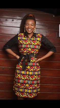 A blend of cotton and bogolan fabric to make you unique available in all sizes Short African Dresses, African Fashion Dresses, Short Dresses, African Clothes, African Fashion Traditional, Queen Dress, Khaki Dress, Straight Dress, Dress Shirts For Women