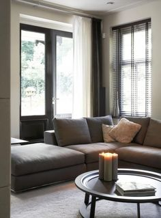 soft gray greige -- very relaxing looking. Like pale pillows. Need rectangular… Modern Interior, Living Room Interior, Home And Living, Home Living Room, Interior, Living Decor, Small Space Interior Design, House Interior, Room