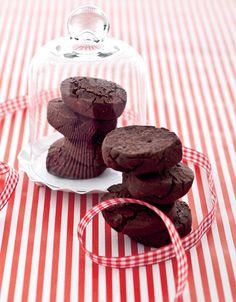 Biscotti doppio cioccolato Ricetta di Alessandra Ripanti Foto di Laila Pozzo
