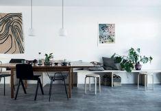 Kan man sætte et helt hus i stand, selv om man ikke har nogen erfaringer med gør det selv-arbejde eller håndværkerskills overhovedet? Svaret er ja! Se, hvordan Frederik Dahl og Manne Mortensen har forvandlet et råt, tomt typehus til en smuk grøn oase - på bare ti uger.