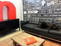 Typography Wall Art: An Interior Design Piece Office Walls, Office Decor, Office Ideas, Office Designs, Modern Interior Design, Interior Design Inspiration, Studio Interior, Interior Ideas, Room Inspiration