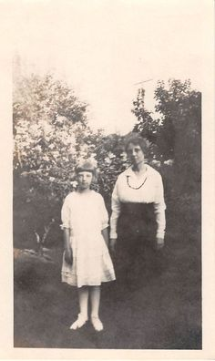 Black and White Vintage Snapshot Photograph Mom Girl Dress Flowers 1920'S   eBay