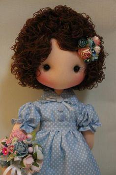 cute doll face....